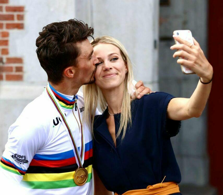 Alaphilippe retains his world title